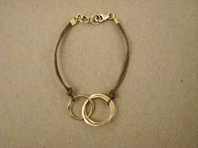 14kt hammered gold-filled interlocking circles bracelet by j&i