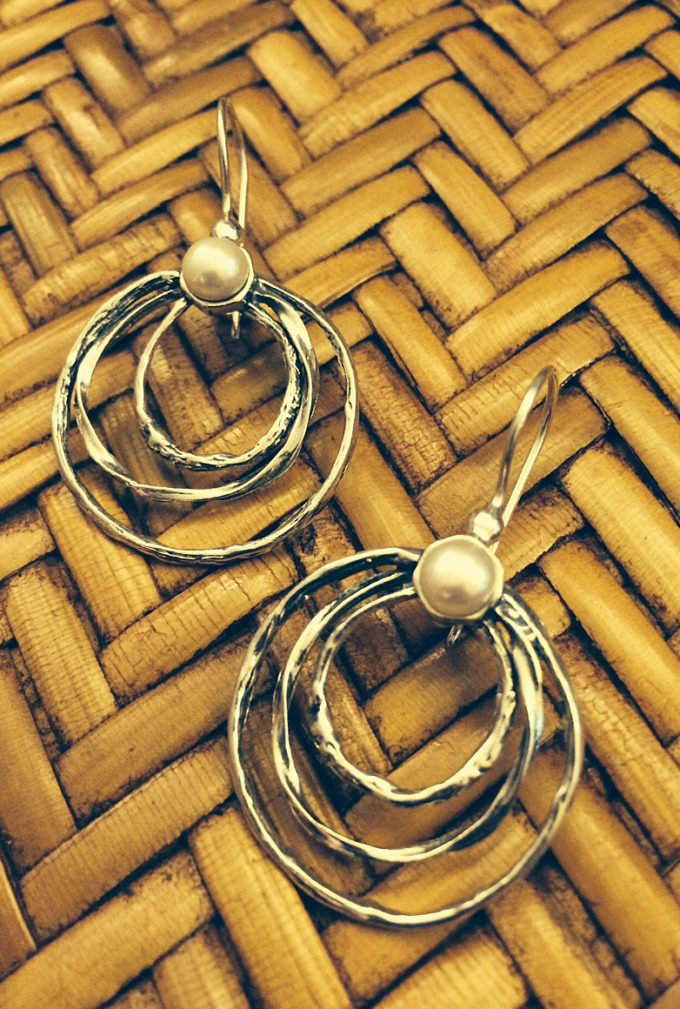 twisted hammered sterling hoops and pearl earrings by Tamir Zuman-0