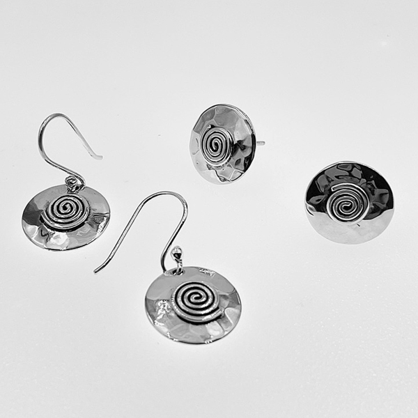 hammered circles earrings post and french wire